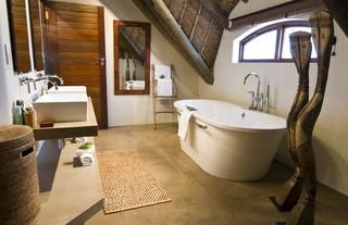 Bush Villa Bathroom