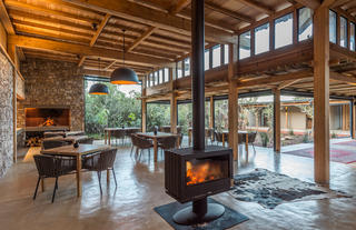 Ukhozi Lodge Dining